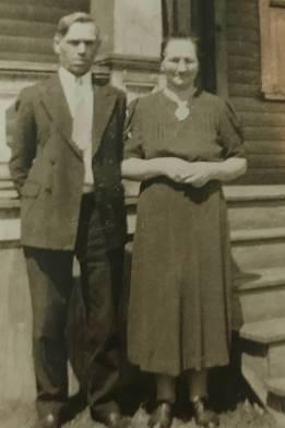 grandma and grandpa pyzik.jpg